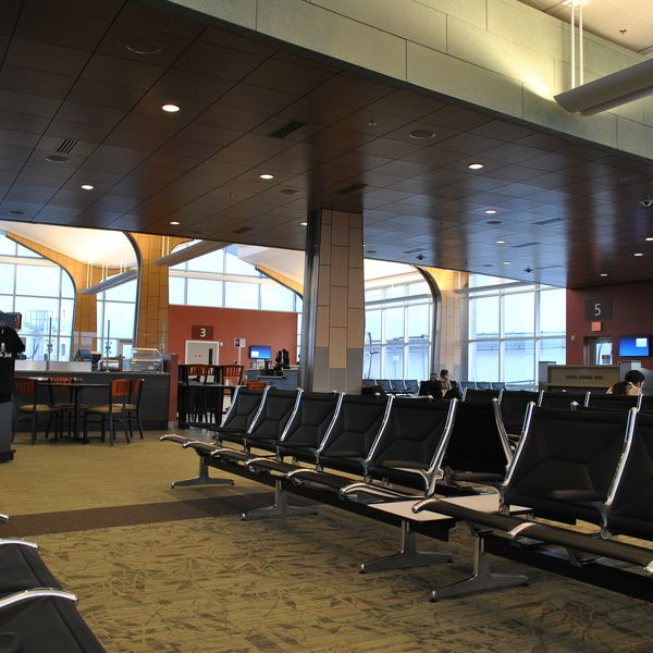 Mbs International Airport Is Located In Freeland Michigan Serving The Nearby Cities Of Midland Bay City And Saginaw It Was Formerly Named Tri